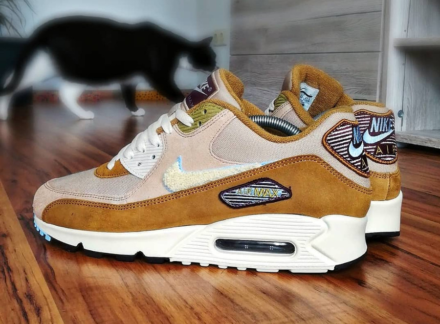 nike-air-max-90-premium-mutted-bronze-858954 200 (2)