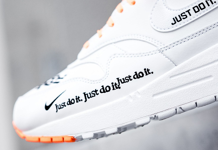 nike-air-max-one-87-special-edition-blanche-et-orange-AO1021-100 (1-1)