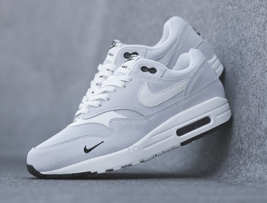 nike-air-max-one-daim-gris-875844 006 (1)
