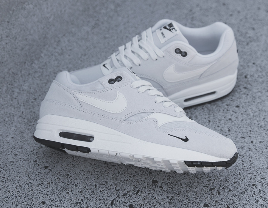 nike-air-max-one-daim-gris-875844 006 (3)