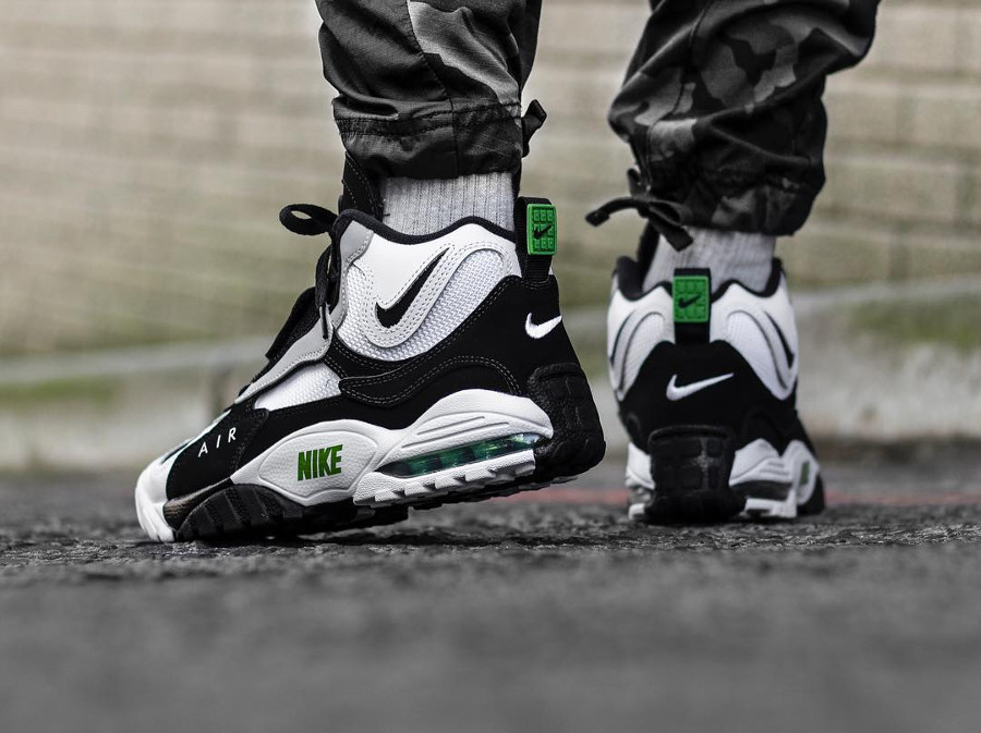 Nike Air Max Speed Turf 'Chlorophyll'