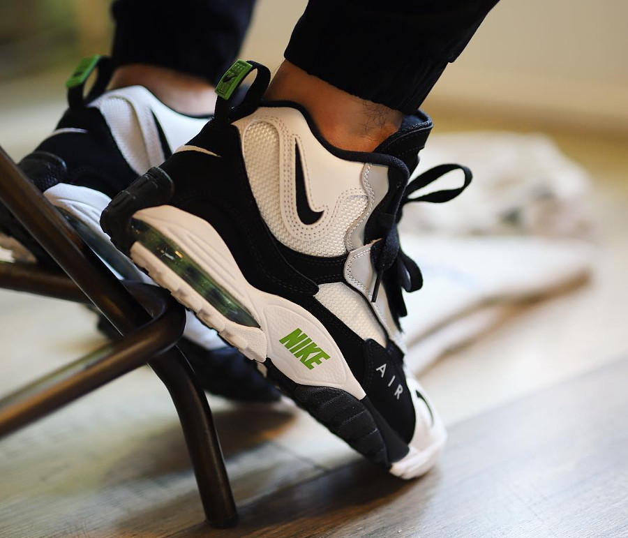nike-air-max-speed-turf-chlorophyll-wolf-grey-525225-103 (4)