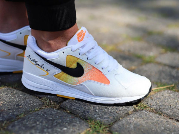 new style 6c5d4 1b4c0 nike-air-skylon-2-homme-amarillo-on-feet-