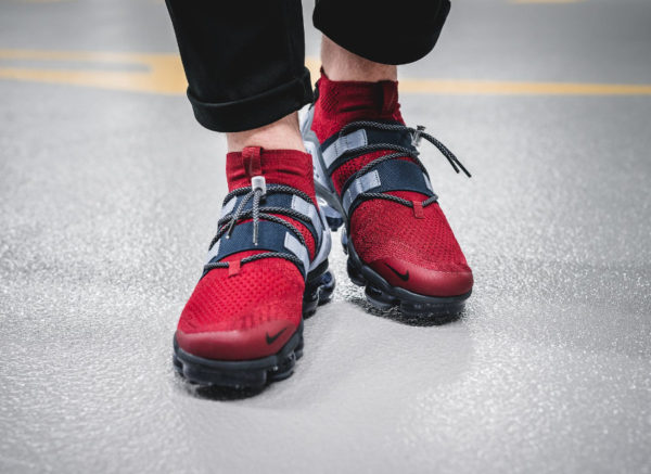 Nike Air Vapormax Utility FK 'Team Red Black Obsidian'
