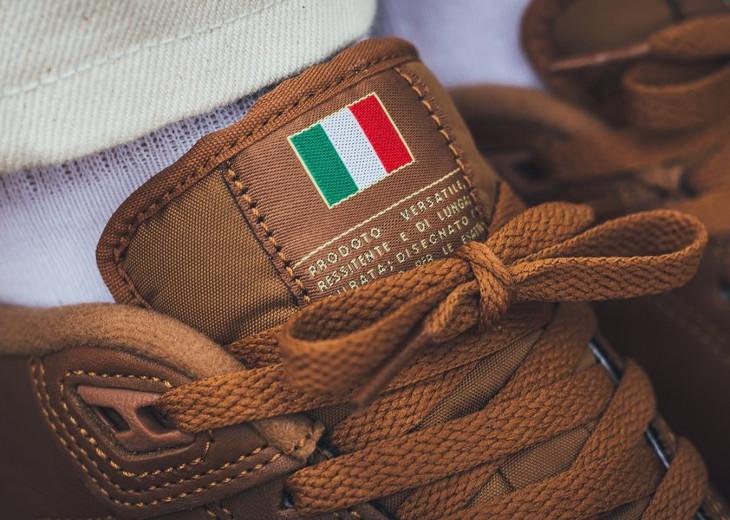 nike-grandstand-2-premium-italian-flag-light-british-tan-on-feet-AO2642-200 (1)