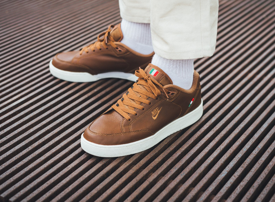 Nike Grandstand II Pinnacle 'Italy' Light British Tan'