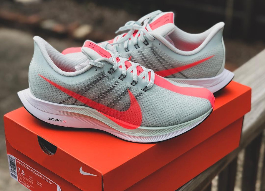 Nike Zoom Pegasus 35 Turbo 'Barely Grey Hot Punch'