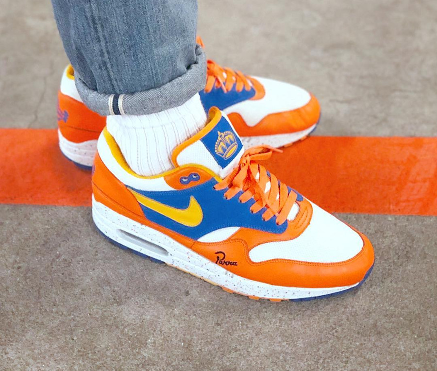 parra-nike-air-max-87-ams-albert-heijn-on-feet (2)