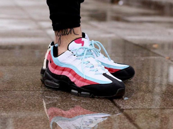 parra-nike-air-max-95-multicolor-on-feet-307272-101 (2)