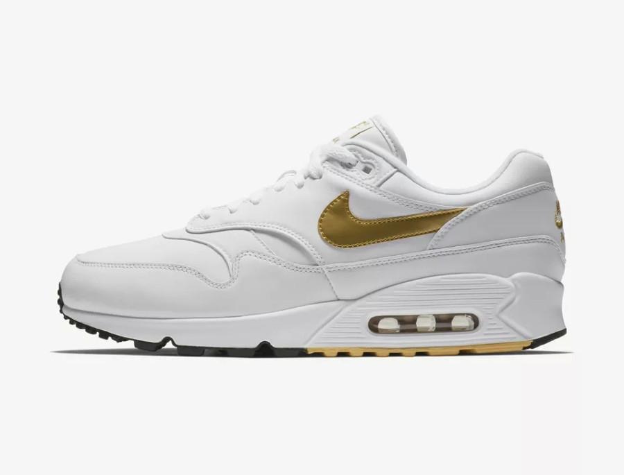 Sortie Nike Air Max 90 1 OG White Metallic Gold
