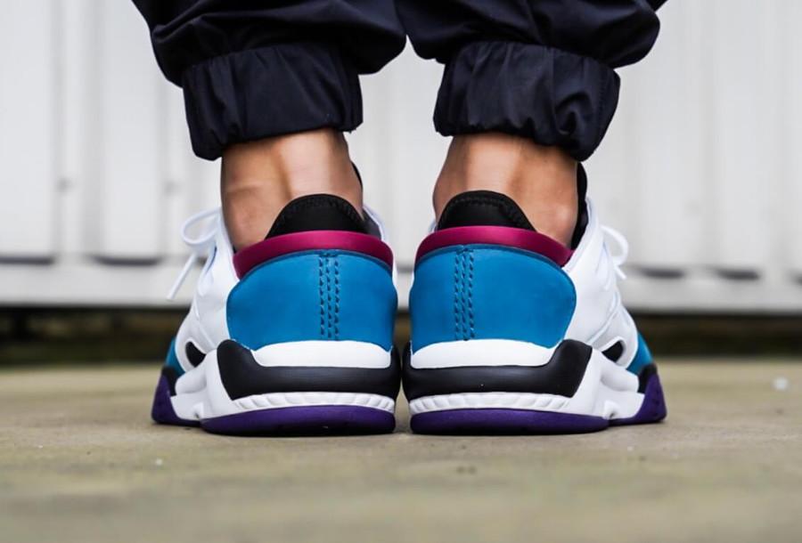 adidas-dimension-lo-top-blanche-noire-bleu-et-violette (1)