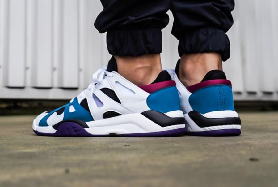 adidas-dimension-lo-top-blanche-noire-bleu-et-violette (6)