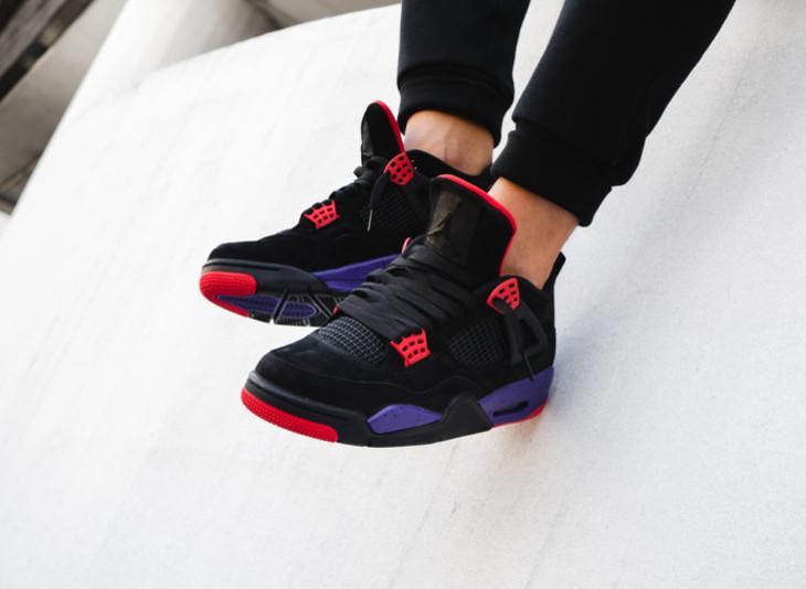air-jordan-iv-2018-nubuck-noir-violette-et-rouge-AQ3816 065 (4)