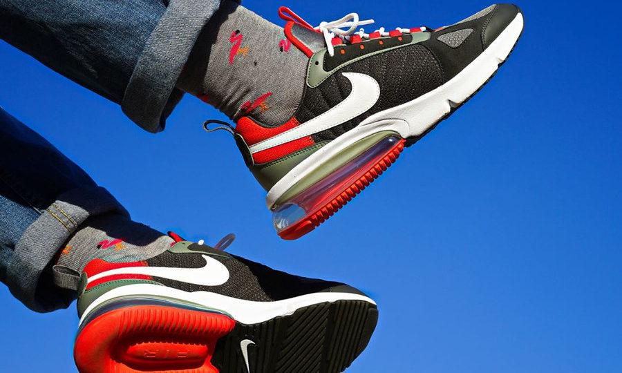 acheter Nike Air Max 270 Futura Triax Dark Stucco on feet