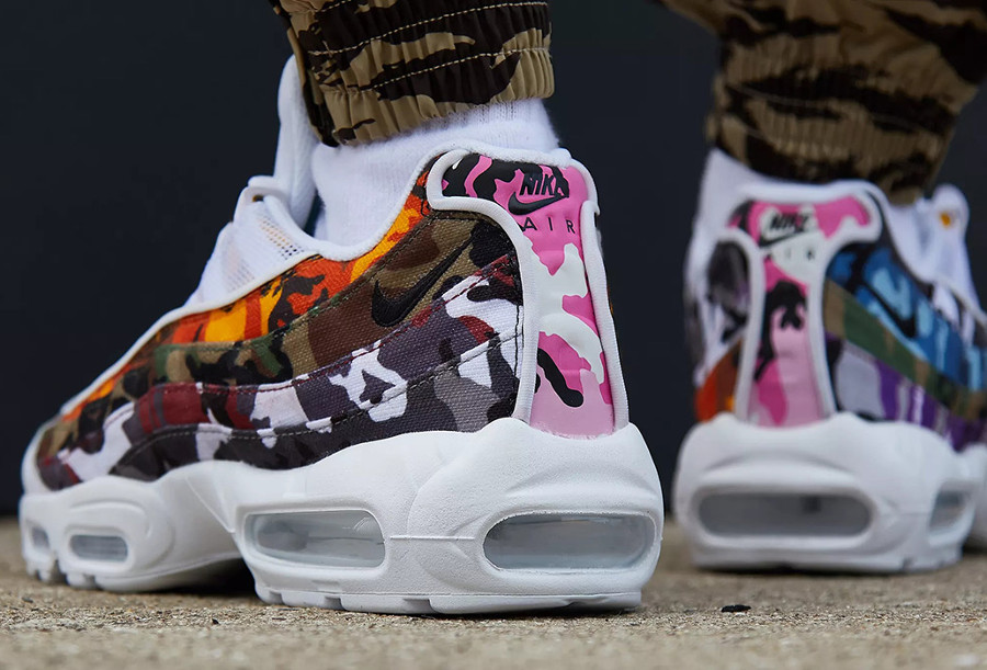 air-max-95-blanche-imprimé-camouflage-multicolore-on-feet-AR4473-100 (1)