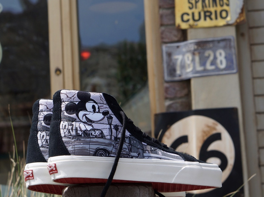 disney-vans-vault-sk8-hi-mister-cartoons-mickey-mouse (1)