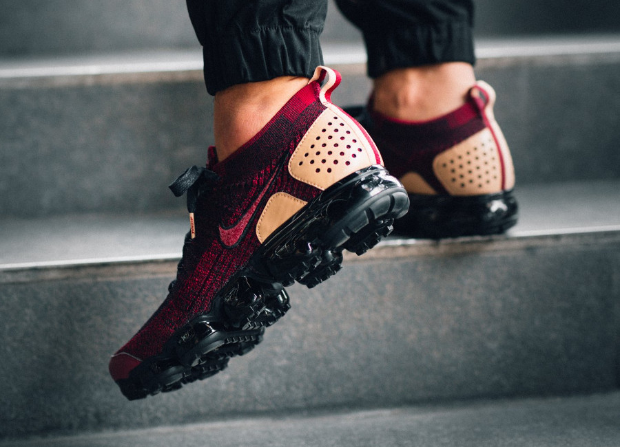 guide-achat-air-vapormax-2-bordeaux-et-beige-on-feet (3)