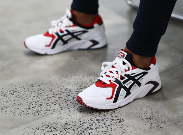 Asics Gel DS Trainer OG White Red Black on feet (H704Y-100)