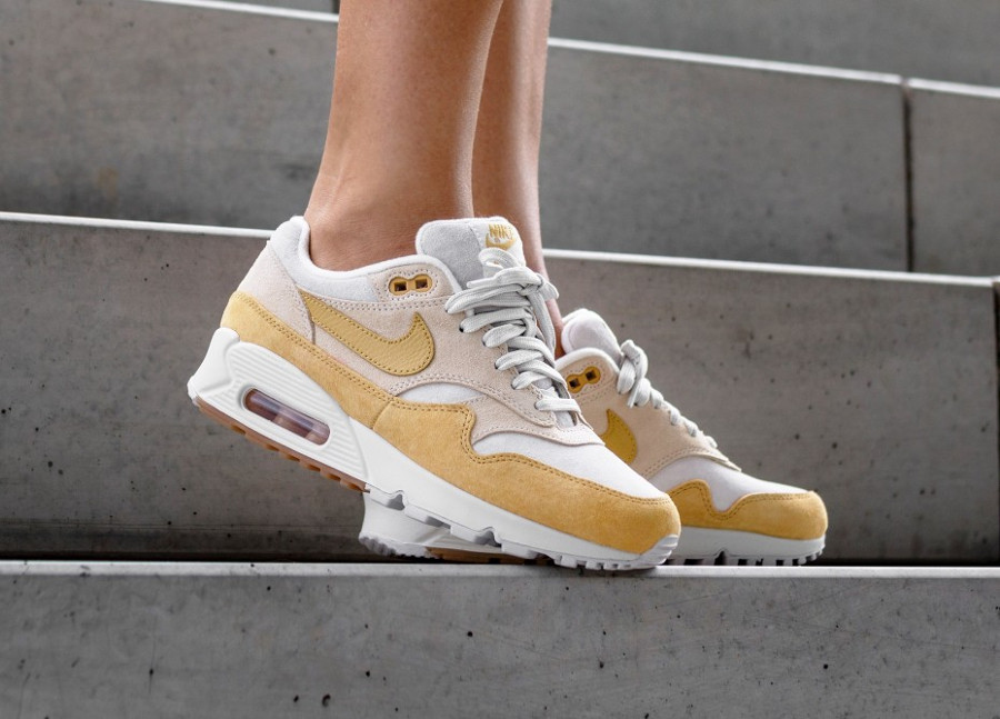 Que vaut la Nike Wmns Air Max 901 'Guava Ice Wheat Gold' ?