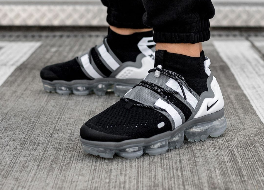 Nike Air Vapormax Flyknit Utility Black Cool Grey White ( AH6834-003)