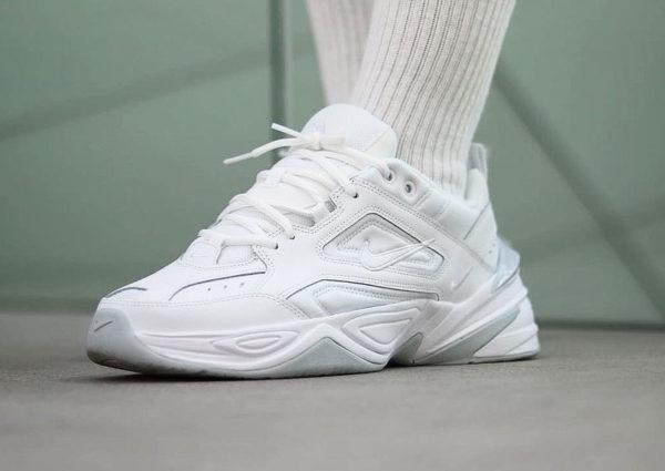 La collection Nike M2K Tekno pour homme (Phantom, White & Black)