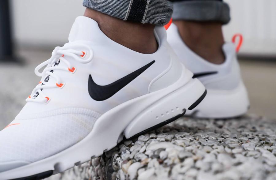 44b55519197 Que valent les Nike Air Presto Fly JDI  Just Do It  White   Black ...