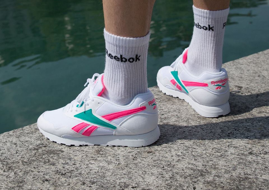 reebok-classics-rapide-mu-homme-blanche-rose-turquoise-DV4603 (1)