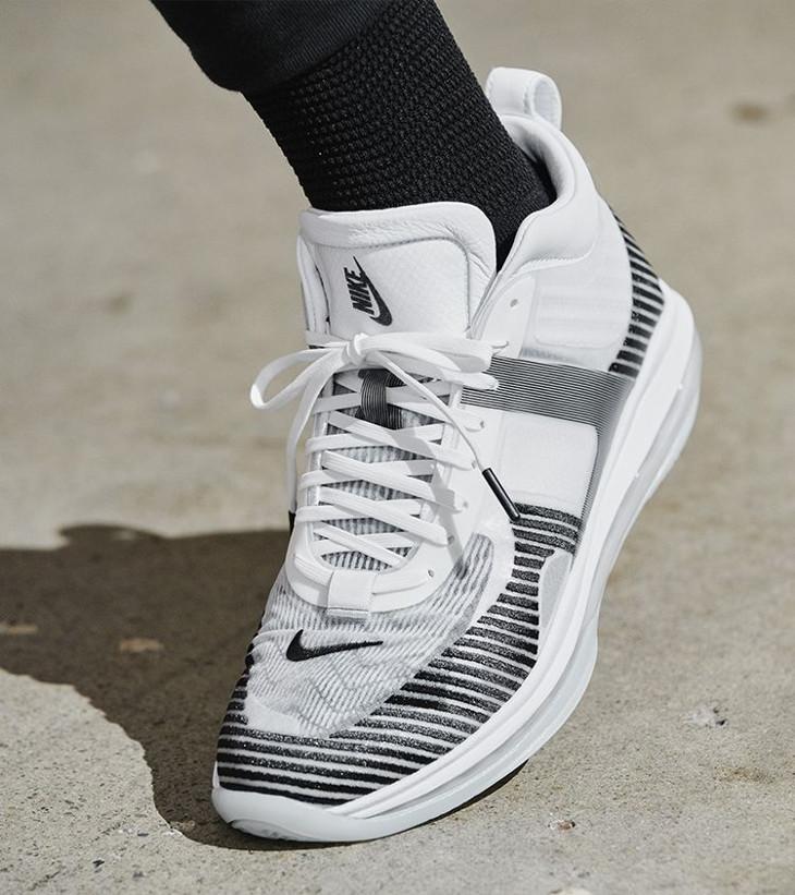 sortie Nike Lebron X JE Icon