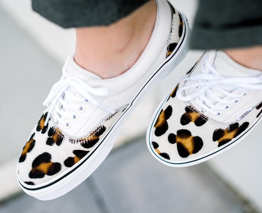 vans-era-en-cuir-blanc-avec-poils-de-léopard (2)