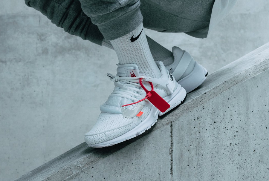 virgil-abloh-nike-air-presto-en-mesh-blanc-on-feet-AA3830-100 (1)