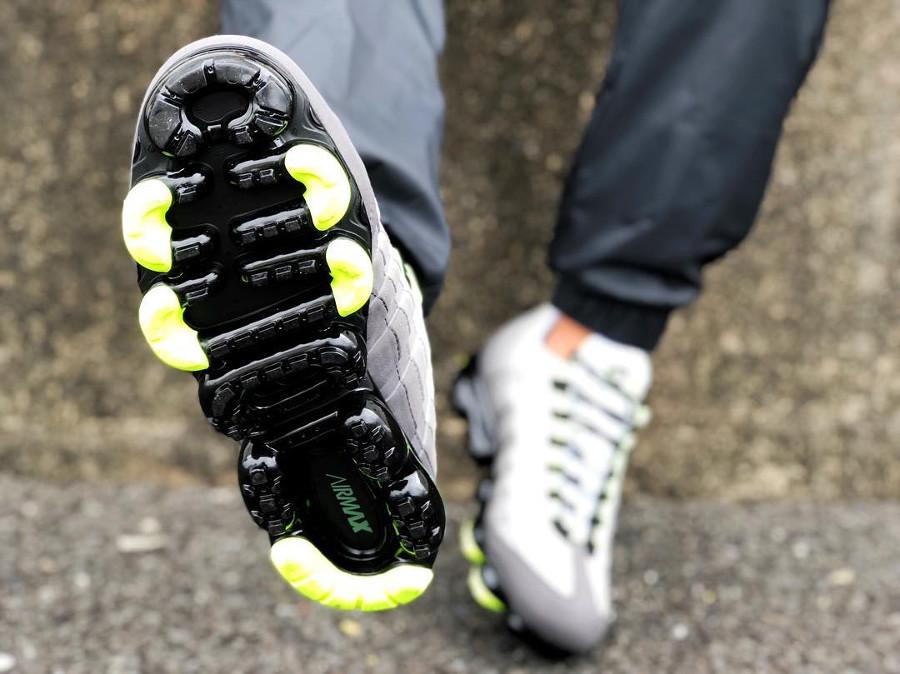 Nike Air Vapormax 95 Neon - @kicks.combros
