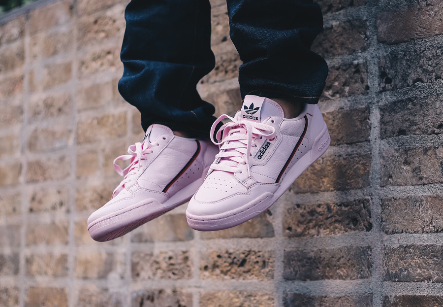 adidas-continental-80-homme-en-cuir-rose-on-feet