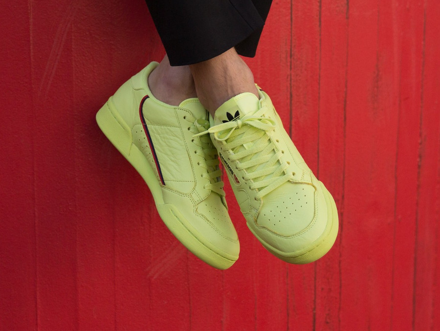 adidas-contintenal-80-yeezy-350-v2-on-feet (3)