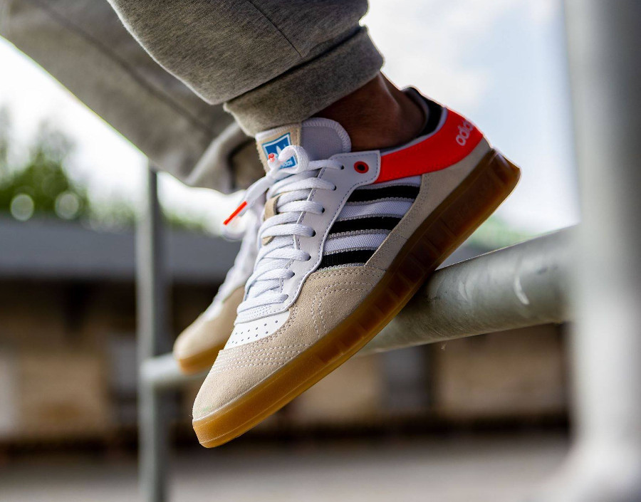 adidas-handball-top-blanche-beige-et-orange-AQ0905 (4)