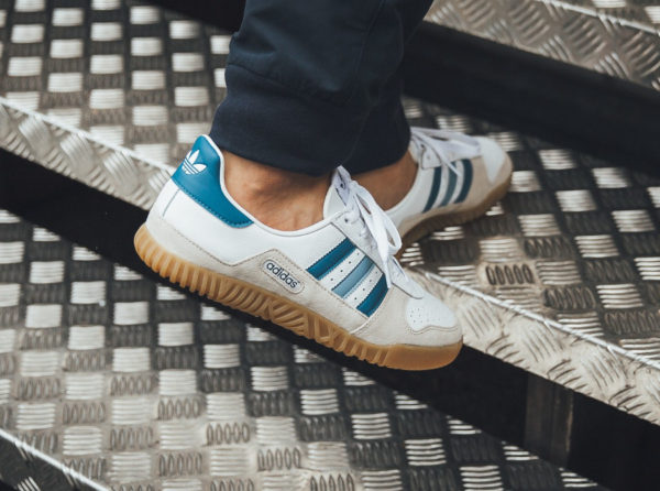 new arrival 38ff2 5b73e chaussure Adidas Indoor Comp SPZL on feet (B41820)
