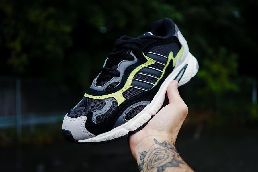 Adidas Temper Run 'Core Black Glow'