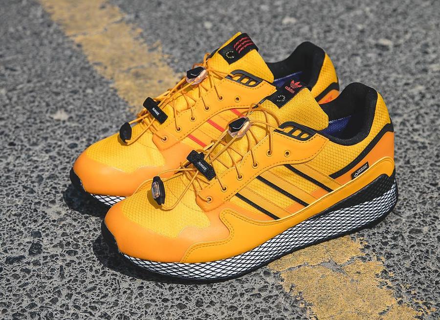 adidas-ultra-tech-2018-jaune-et-noire-B37852 (7)