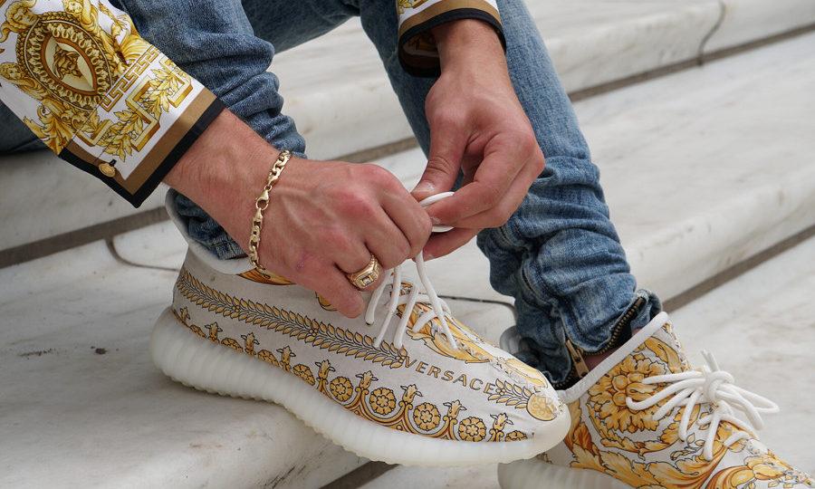 adidas-yeezy-350-boost-v2-versace-on-feet (4)