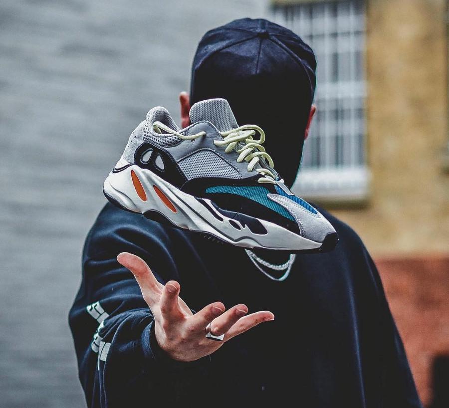 adidas-yeezy-700- @shrfz