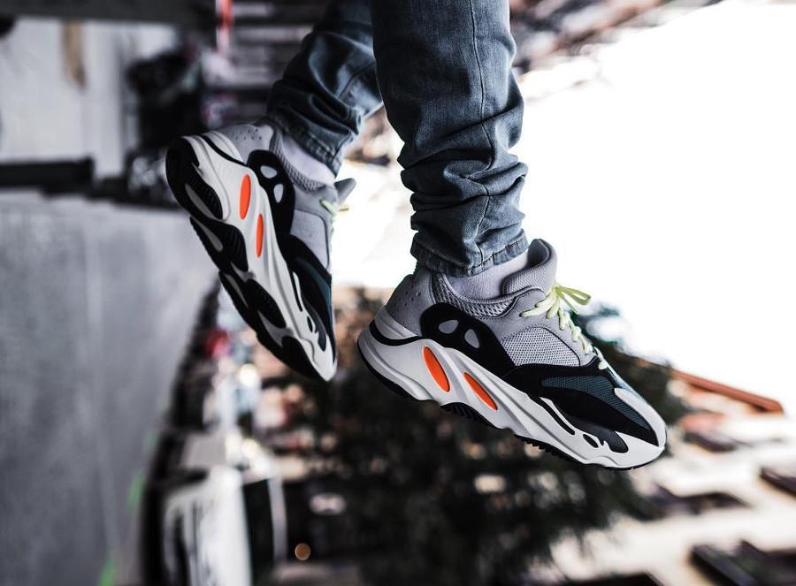 adidas-yeezy-700-on-feet-@sljphoto