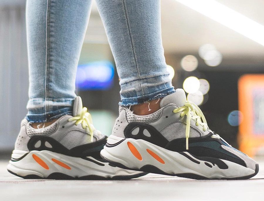 adidas-yeezy700-on-feet- @little_laces