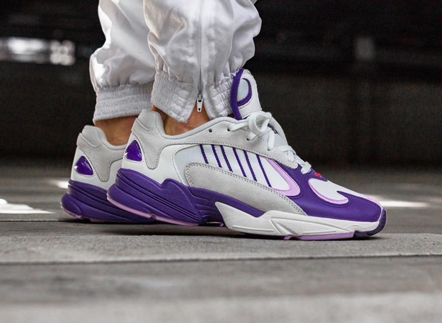 adidas-yung-1-blanche-grise-et-violette (2)