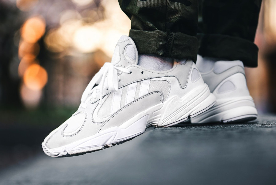La Adidas Falcon Dorf Yung-1 blanche Cloud White : comment l ...