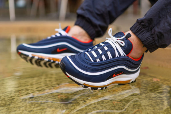 air-max-97-bleu-marine-blanche-rouge-et-orange (5)