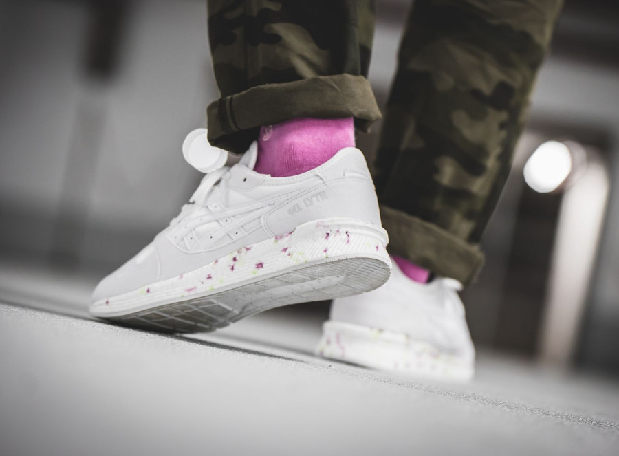 asics-tiger-hyper-gel-lyte-blanche-white-on-feet (1)