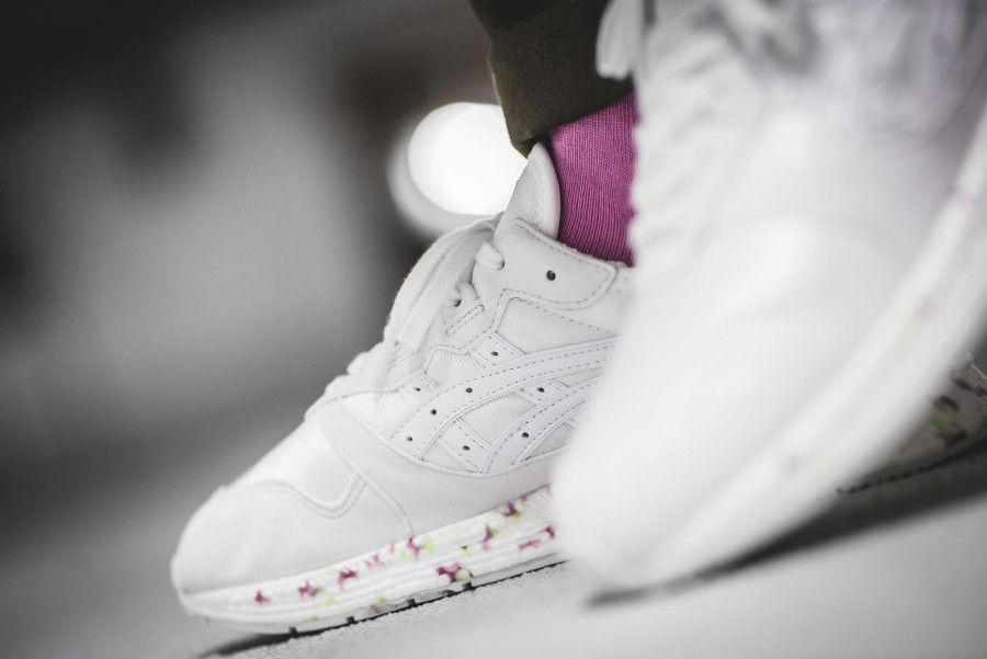 asics-tiger-hyper-gel-lyte-blanche-white-on-feet (3)