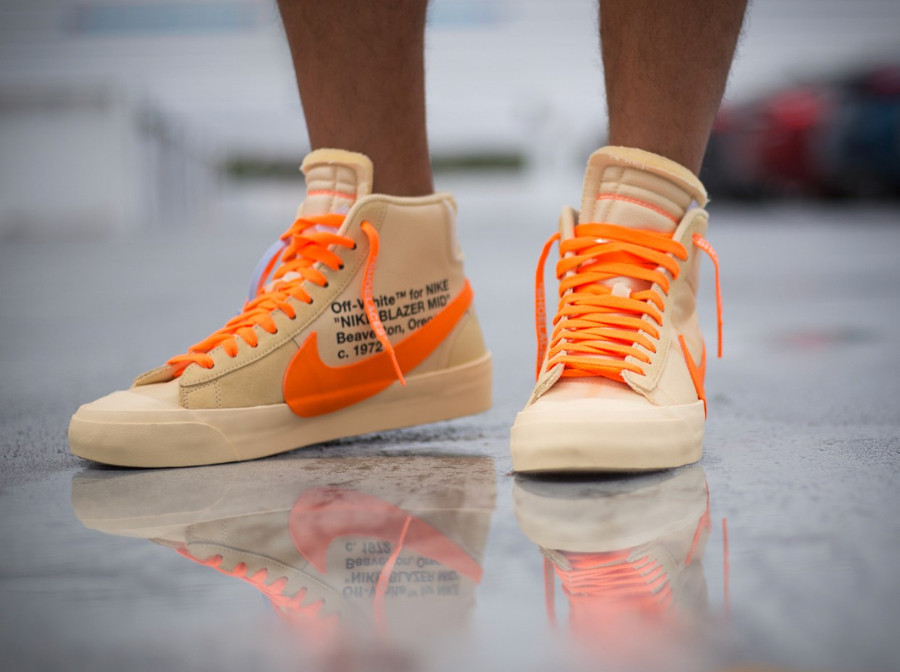nike-blazer-mid-canvas-v2-X10-beige-et-orange-on-feet- AA3832-700 (2)