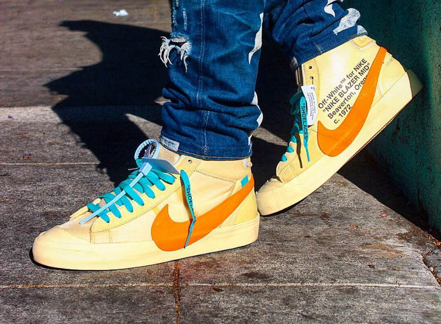 nike-blazer-mid-canvas-v2-X10-beige-et-orange-on-feet- AA3832-700 (5)