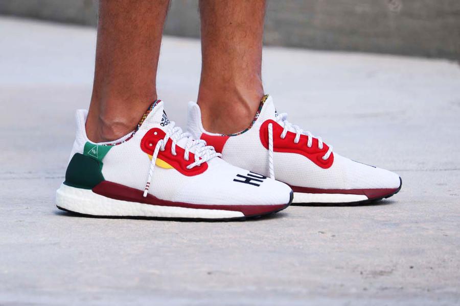 pw-adidas-solar-hu-glide-st-blanche-2