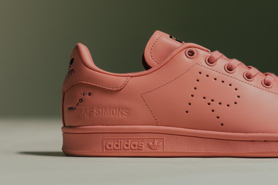 raf-simons-adidas-stan-smith-2018-rose-F34269 (1)